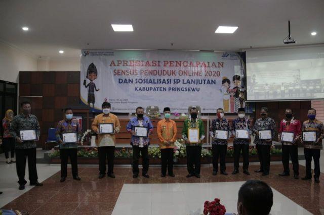 Capai Respon Rate Tertinggi SP On-line se Lampung, Bupati Pringsewu Dapat Piagam Penghargaan dari BPS